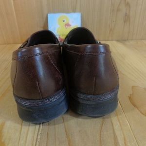 """Clarks Shoes - Clarks Loafers Size 8 M Brown Leather Wedge 1""""Heel"""